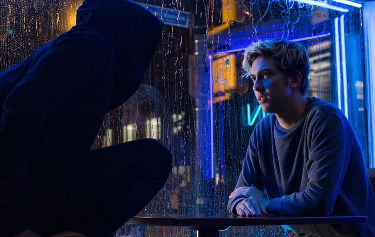 """Filme de """"Death Note"""", da Netflix, é criticado por usar cenas reais de acidente que matou 19 pessoas"""